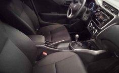 Auto Honda City 2020 de único dueño en buen estado-19