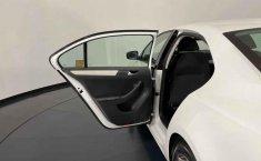 Se pone en venta Volkswagen Jetta 2015-24