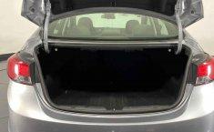 Auto Hyundai Elantra 2016 de único dueño en buen estado-23