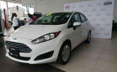 Auto Ford Fiesta 2015 de único dueño en buen estado-7