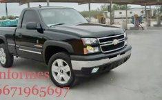 Venta de autos Chevrolet Silverado 2006, Pickup en México, precios asequibles-1