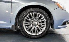 Se pone en venta Chrysler 200 2013-14