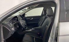 Se pone en venta Mercedes-Benz Clase C 2015-28