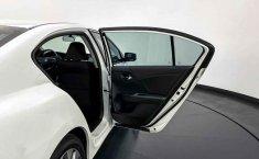 Auto Honda Accord 2015 de único dueño en buen estado-24