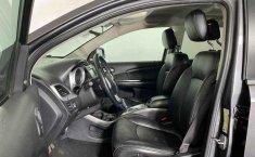 Se pone en venta Dodge Journey 2014-14