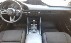 Mazda 3 2020 barato en Guadalajara-12