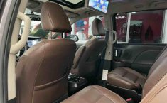 Se vende urgemente Toyota Sienna 2018 en Tlalnepantla-12