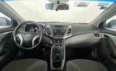 Auto Hyundai Elantra 2016 de único dueño en buen estado-20