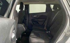 Se pone en venta Jeep Cherokee 2015-6