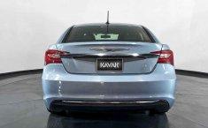 Se pone en venta Chrysler 200 2013-13