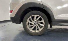 Auto Hyundai Tucson 2016 de único dueño en buen estado-24