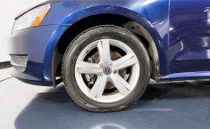 Auto Volkswagen Passat 2015 de único dueño en buen estado-9
