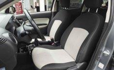 Auto Mitsubishi Mirage 2018 de único dueño en buen estado-7