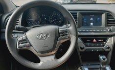 Hyundai Elantra 2018 barato en Huixquilucan-11