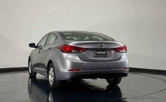 Auto Hyundai Elantra 2016 de único dueño en buen estado-14