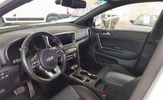 Auto Kia Sportage 2019 de único dueño en buen estado-8