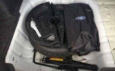 Auto Ford Fiesta 2015 de único dueño en buen estado-3
