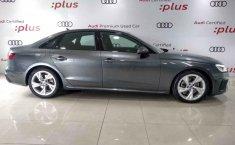 Audi A4 2021 en buena condicción-8