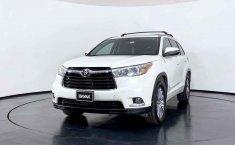 Se pone en venta Toyota Highlander 2015-8