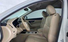 Nissan Altima 2017 en buena condicción-9