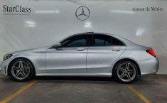 Pongo a la venta cuanto antes posible un Mercedes-Benz Clase C en excelente condicción-8
