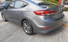Hyundai Elantra 2018 barato en Huixquilucan-9