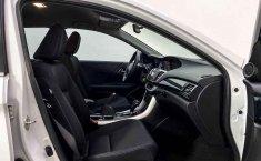 Auto Honda Accord 2015 de único dueño en buen estado-16
