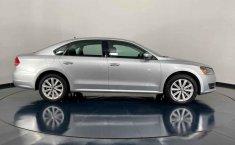 Se pone en venta Volkswagen Passat 2014-10