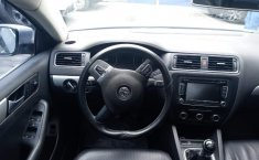 Volkswagen Jetta MK VI Sport-6