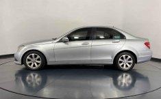 Se pone en venta Mercedes-Benz Clase C 2015-14