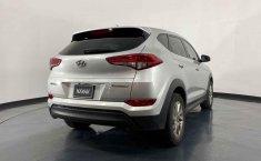 Auto Hyundai Tucson 2016 de único dueño en buen estado-14