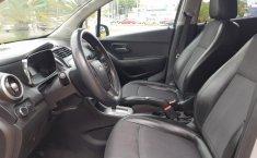 Chevrolet Trax 2015 impecable en Guadalajara-4