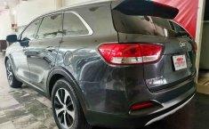 Se pone en venta Kia Sorento 2016-8