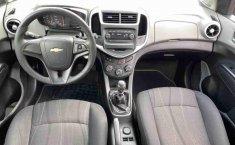 Se vende urgemente Chevrolet Sonic 2017 en Lázaro Cárdenas-4