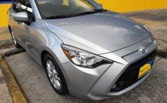 Se pone en venta Toyota Yaris 2018-8