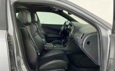 Auto Dodge Charger 2014 de único dueño en buen estado-13