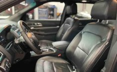 Se pone en venta Ford Explorer 2017-4