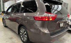 Se vende urgemente Toyota Sienna 2018 en Tlalnepantla-5