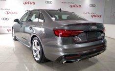 Audi A4 2021 en buena condicción-5