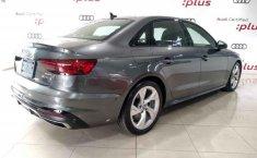 Audi A4 2021 en buena condicción-4