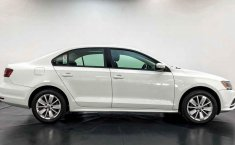 Volkswagen Jetta 2016 en buena condicción-4