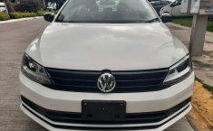 Auto Volkswagen Jetta 2018 de único dueño en buen estado-4