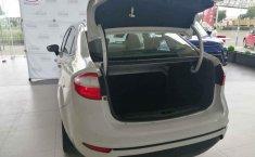 Auto Ford Fiesta 2015 de único dueño en buen estado-1