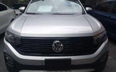 Auto Volkswagen T-Cross 2020 de único dueño en buen estado-8