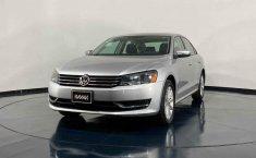 Se pone en venta Volkswagen Passat 2014-4