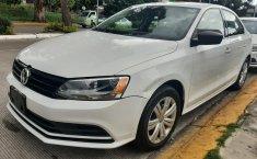 Auto Volkswagen Jetta 2018 de único dueño en buen estado-3