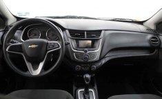 Auto Chevrolet Aveo 2020 de único dueño en buen estado-5