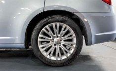 Se pone en venta Chrysler 200 2013-5