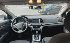 Hyundai Elantra 2018 barato en Huixquilucan-3