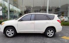 Pongo a la venta cuanto antes posible un Toyota RAV4 en excelente condicción-1